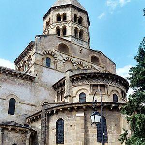 Le rôle de l'Eglise en Occident aux XIe et XIIe siècles