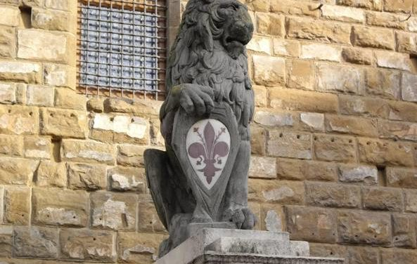 Destruction de statue à Pise en 1494